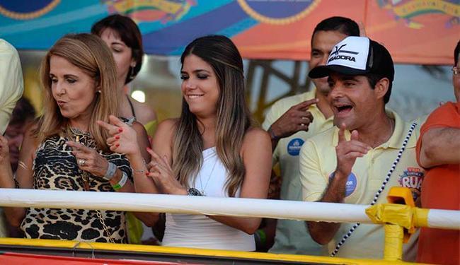 A atual namorada de ACM Neto, Tata Lacerda Canhedo, também acompanhou os passos. Foto: Divulgação