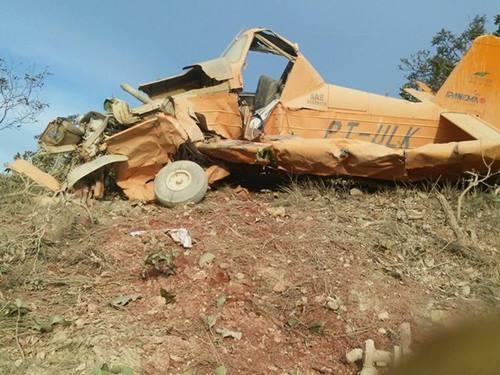 Aeronave fazia pulverização em fazenda quando caiu em Paranatinga. Testemunhas disseram que avião perdeu sustentação e acabou caindo.  Foto: Divulgação